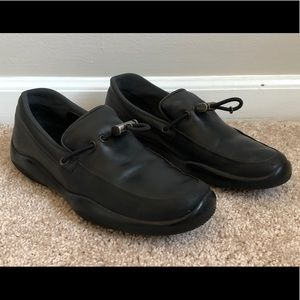 Prada Womens 38 7.5 Black Leather Shoes Italy